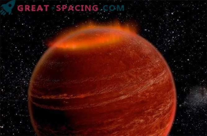 Ārpus mūsu Saules sistēmas tika atklāta milzīga aurora.
